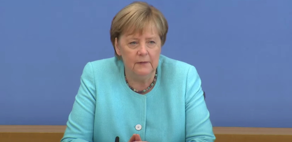 Merkelova pozvala žene da se više angažuju u politici!