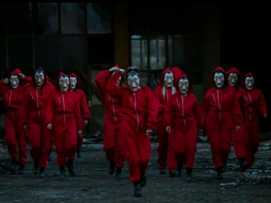 """KOCKICE SU SKLOPLJENE! Neposredno prije petog serijala """"La Casa de Papel"""" crnogorke su objavile plesnu verziju koja izgleda SVETSKI!(VIDEO)"""