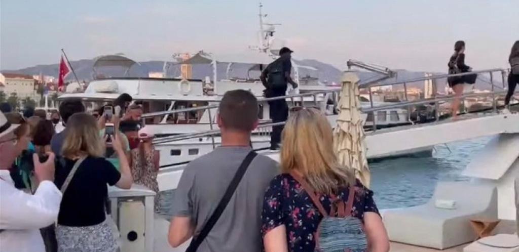 NA HRVATSKOM PRIMORJU ODMARA SVJETSKA ZVIJEZDA Majkl Džordan stigao na odmor u Split!