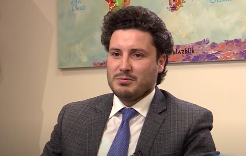 ABAZOVIĆ: Zloupotrebe bivšeg menadžmenta ANB-a uticale na psihičko stanje Bulatovića