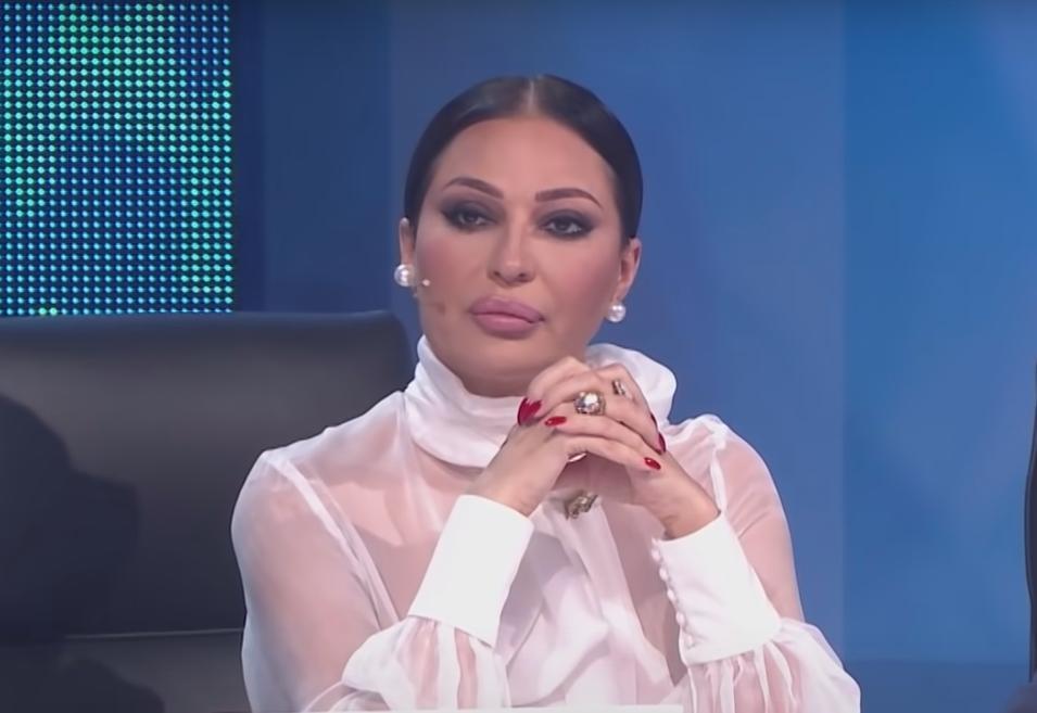 """NISAM GA BIRALA SELA RADI, NEGO SEBE RADI! Ceca odbrusila svima koji se """"miješaju"""" u njenu vezu s Bogdanom!"""