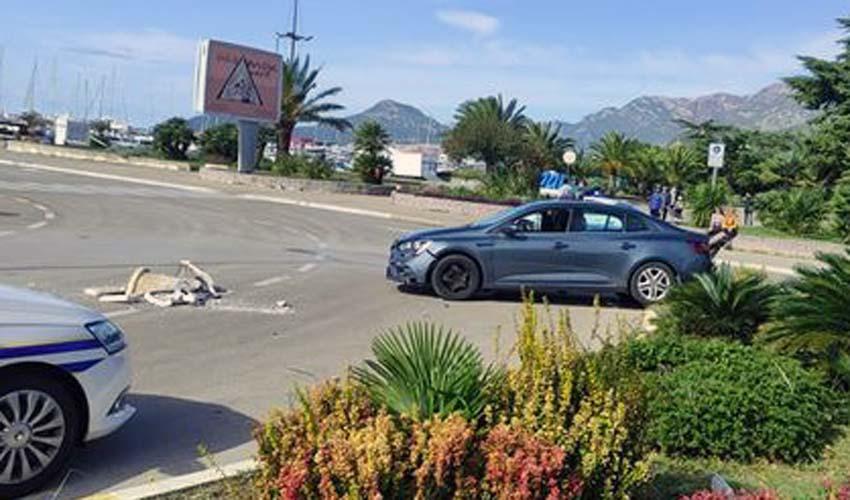 MALO JE FALILO DA SE DESI NAJGORE Vozač u Baru udario u kolica sa jednogodišnjom bebom